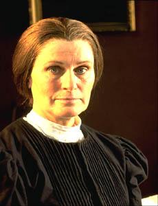 Susan Clark as Aunt Elizabeth